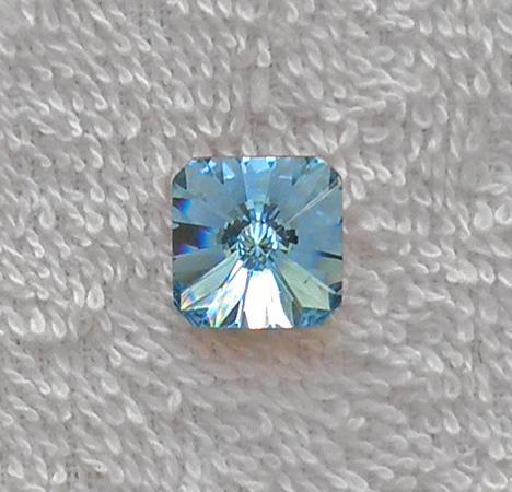 Swarovski Article 4650 14 mm. Aquamarine square rivoli crystal SW36