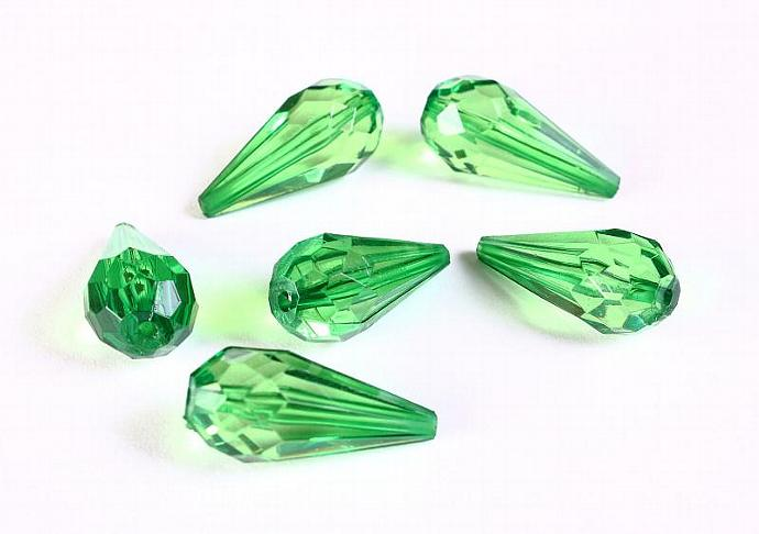 24mm Green faceted teardrop acrylic bead - 6 pieces (1276)