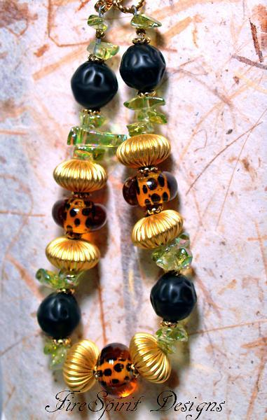 Cheetah-ooak lampwork beaded bracelet