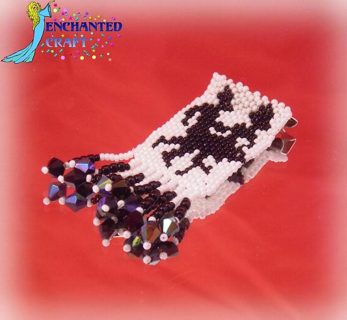 Brooch or pin of Square Dancers beaded with crystal accents