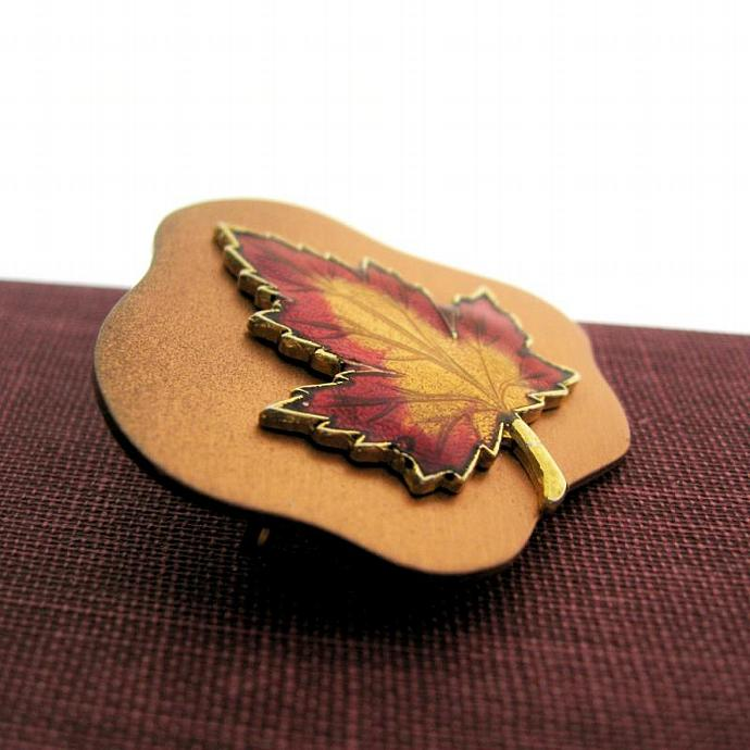 Vintage Copper Red Gold Enamel Maple Leaf Pin Brooch Canada