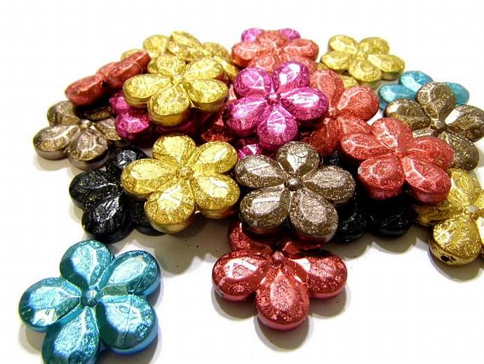 8 Assorted Color Acrylic Flower Beads