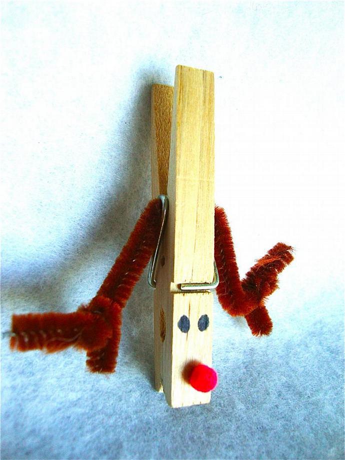 handmade Christmas clothes pin name tag