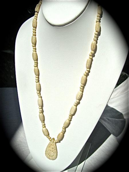 vintage old ivory one piece necklace circa 1930