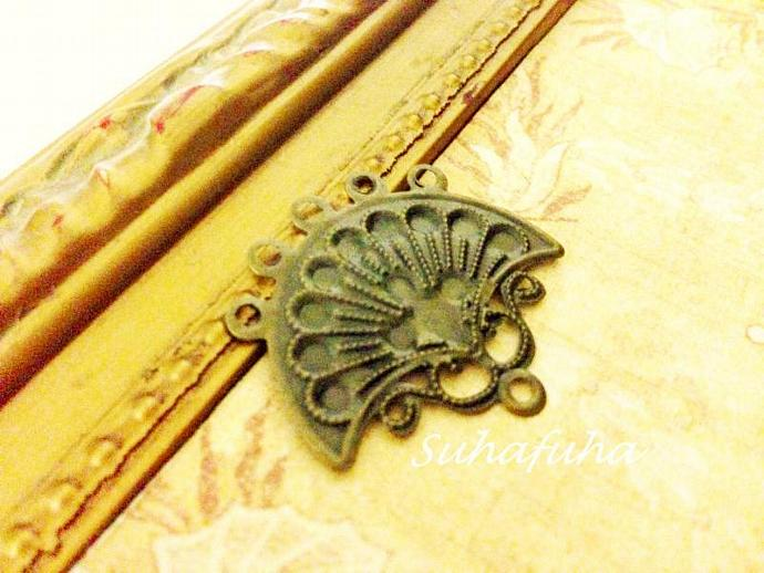 12 Antiqued Bronze FAN Filigree Findings for Jewelry Design Altered Art- #F-16
