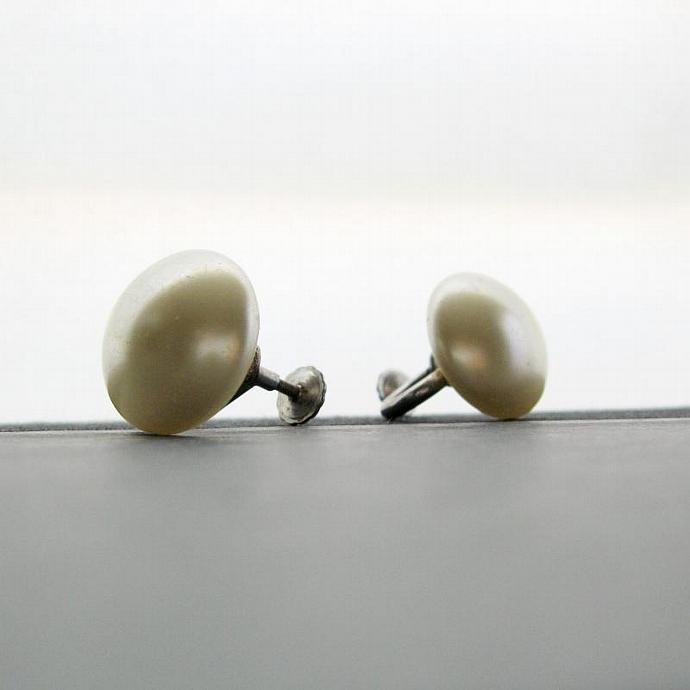 1950s Retro Faux Pearl Button Earrings - Screw Back