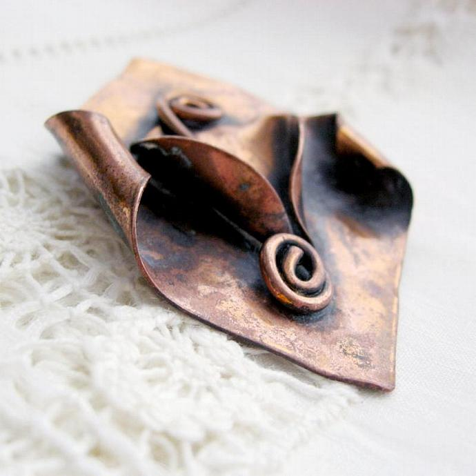 1950s Vintage Hammered Copper Lily Brooch, unsigned, like Morley Crimi design