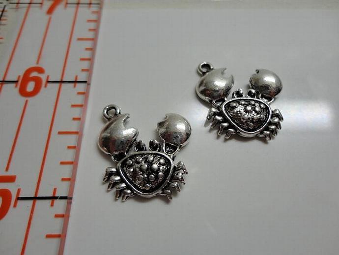 Sea Crab Charm - Silver