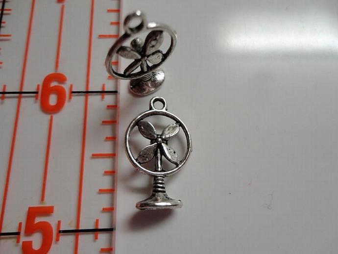 Fan Charm - Silver