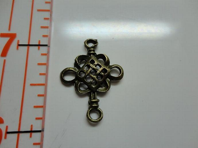 Chinese Knot Spacer Charm - Bronze