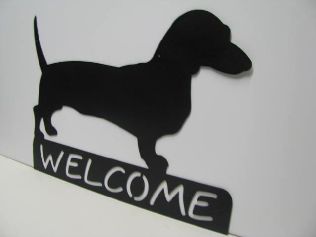 Dachshunds Welcome Metal Silhouette Yard Wall Art