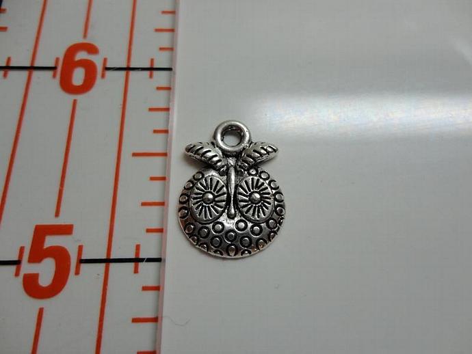 Owl Face Charm - Silver