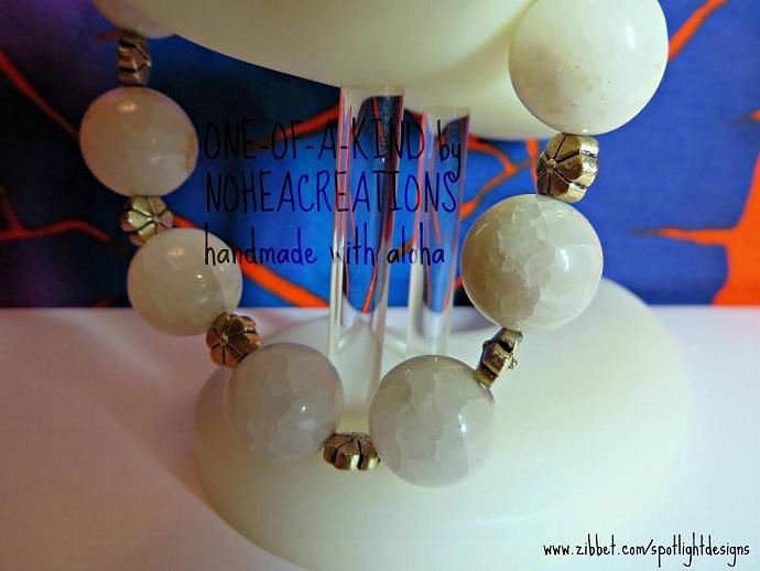 #B209 - NoheaCreations - Flower Power ( grey quartz antique gold finish handmade