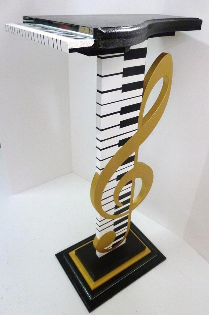 NEW Original & Unique Design- Music Piano G Clef Accent Table Floor Sculpture