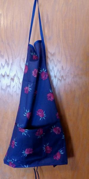 Ladies Apron, navy with red roses cotton apron, floral apron, bib apron, kitchen