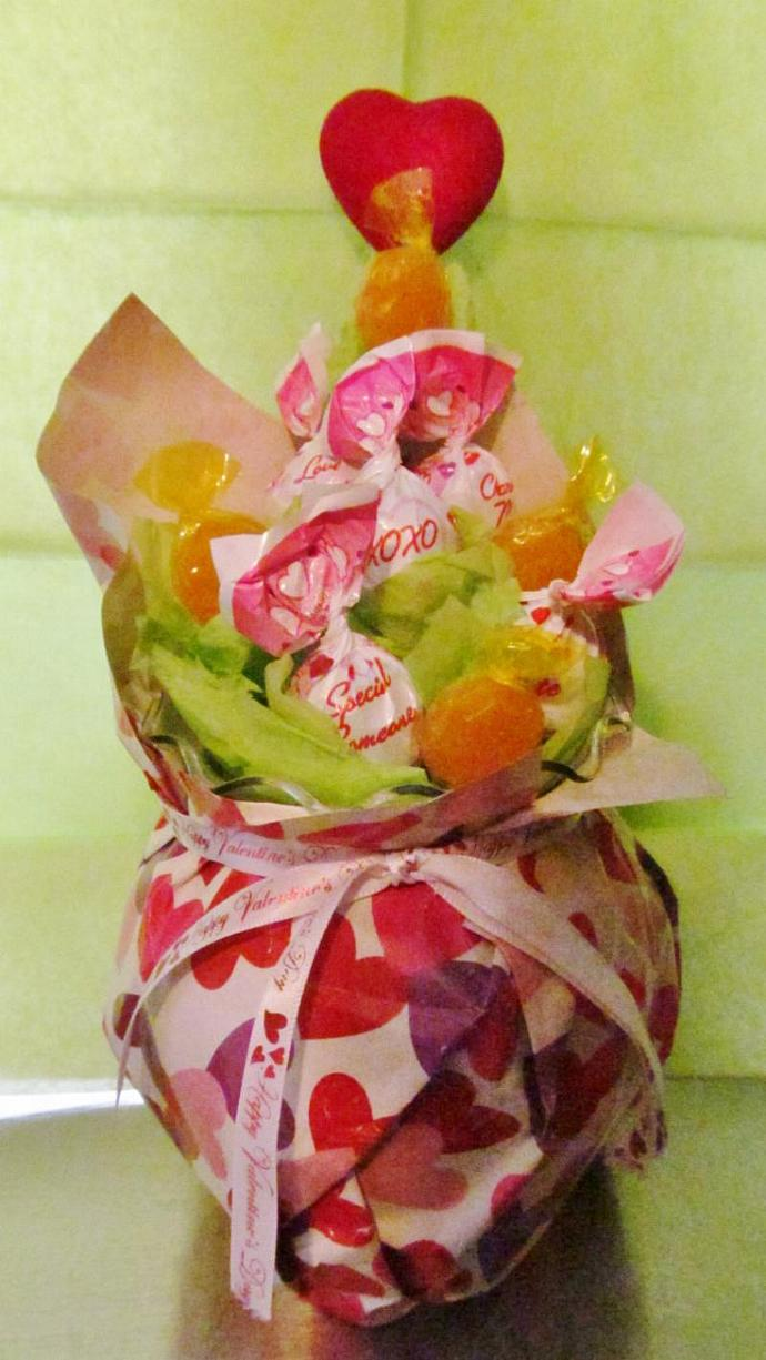Valentine Blow Pop Bouquet- Candy, Arrangement - Ready to Ship