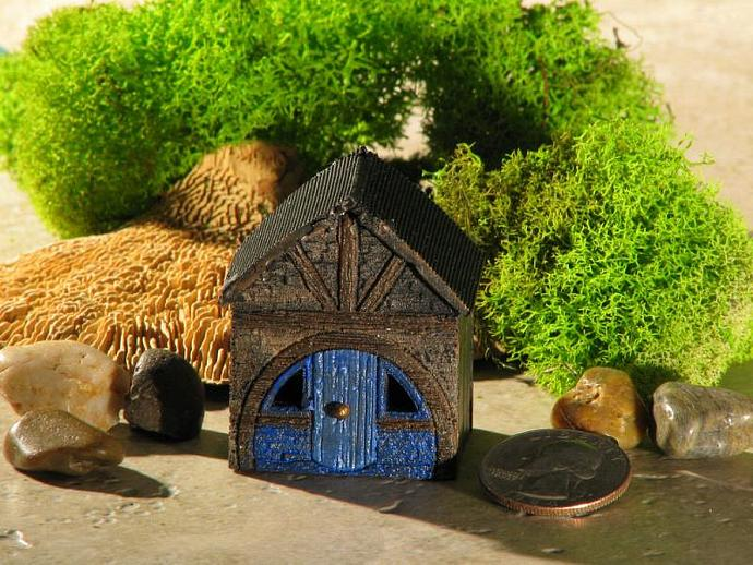 Miniature Hobbit Hole for Terrariums/Gardens