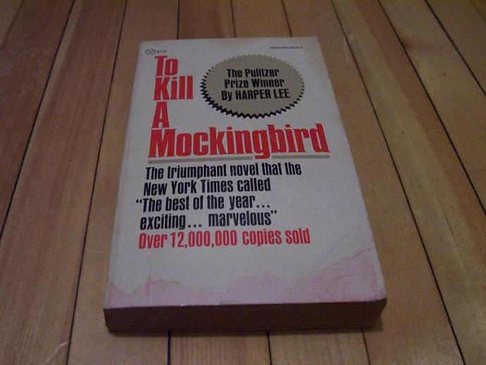 HARPER LEE To Kill A Mockingbird Paperback Book 1977 Mass Market Edition