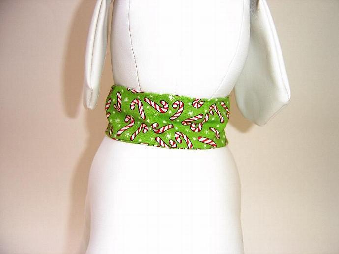 Candy Canes Dog Collar Slipcover, a bandana alternative