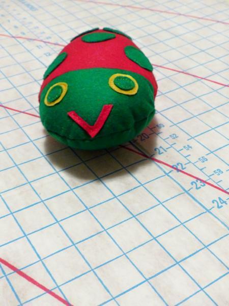 Ladybug Pincushion, pincushion, sewing accessory, ladybug, vintage pincushion,