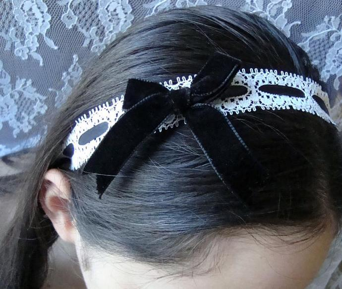Alice Lolita Noir Velvet & Ivory Lace Ribbon Classic Gothic Lolita Tea Party
