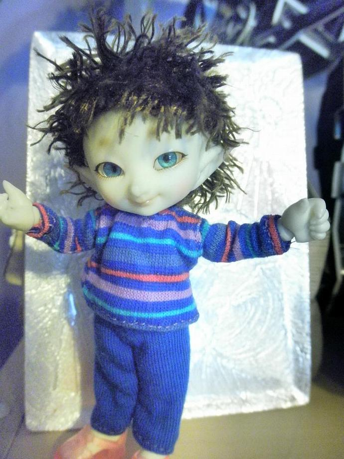 Real Puki  striped shirt with blue pants