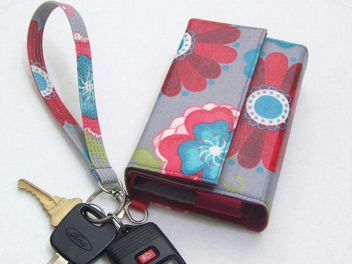 c60920ef74deb8 iPhone 5 wallet, iPhone 5s, iPhone 4/4S - Merebliss Smartphone Wristlet,