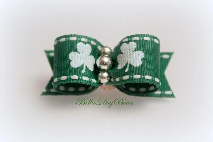 5/8 St. Patty's Day White & Green Shamrock Glitter Bow on White Grosgrain with
