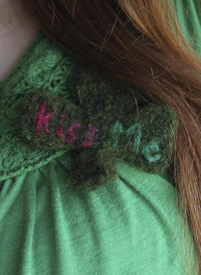 """""""Kiss Me"""" Clover Pin Needle Felted Lapel, Purse or Hat Pin"""