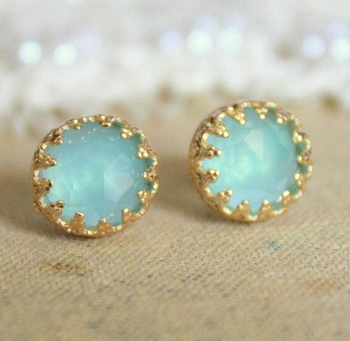 Elizabeth Blue Sea Foam Aqua Marine Gem Stone Earrings Vintage Elegant Girl