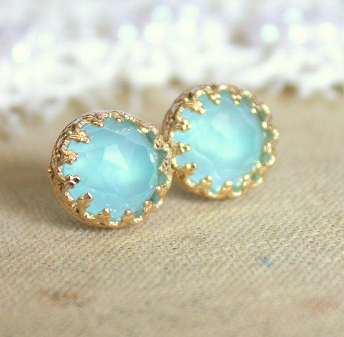 Elizabeth Blue Sea Foam Aqua Marine Gem Stone Earrings Vintage Elegant Girl