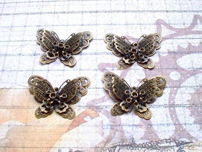 4pcs. 4.3X3.2cm Filigree Butterfly Antique Bronze (FBB-03)