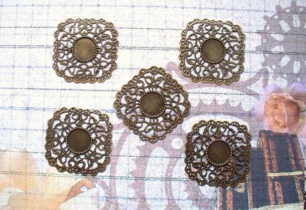 6 pcs. Antique Bronze Filigree 4.3x4.3cm. Item# FSQB-04