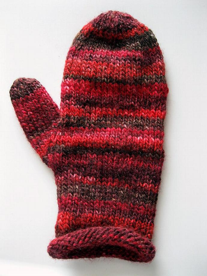 Red mittens, ladies, acrylic, medium