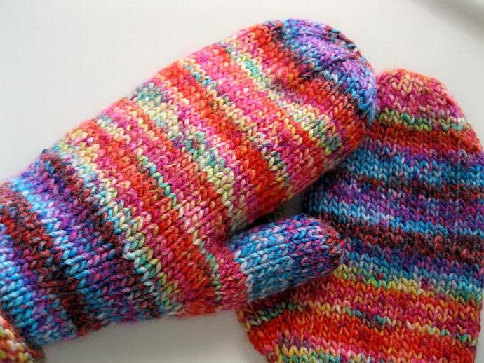 Womens mittens, ladies, acrylic, medium