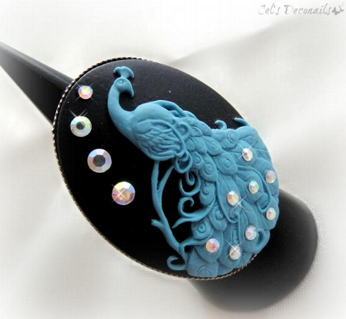 Blue peacock cameo ring, statement ring by Cel's Deconails