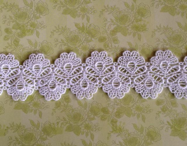 """1 yd. White Venise Lace 1.1/2"""" wide (Item# WV16)"""