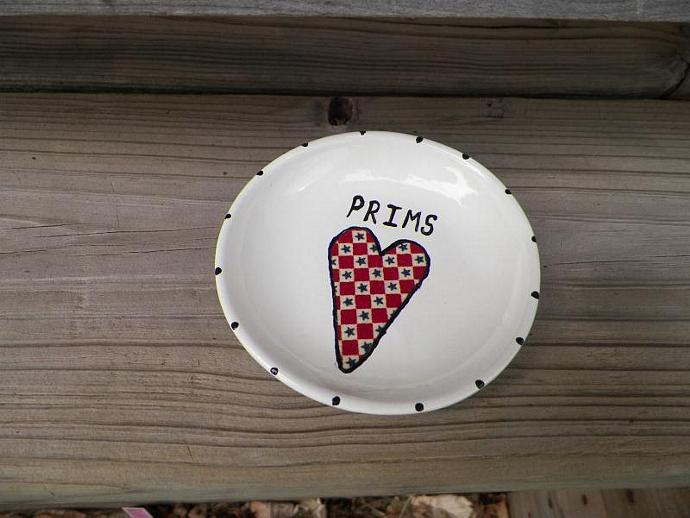 Prim Plate with Heart