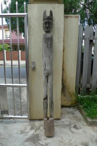 Massive 1590mm Pillar Statue Eroded Outdoor Dayak Primitive Figure Authentic