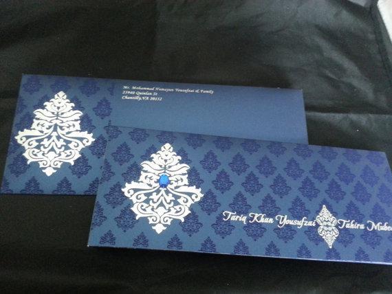 Classic vintage style invitation (Set of 25) Unique wedding invitation - Free