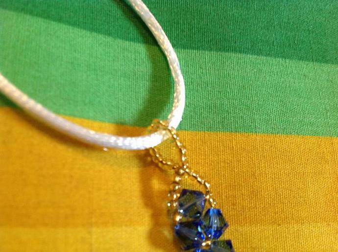 SWAROVSKI LONDON BLUE CRYSTAL  450  -  018
