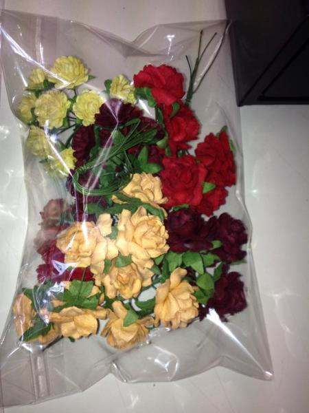 MIXED ROSES / FLOWERS red/yellow