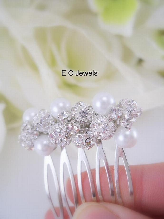 Small Rhinestone Comb with Pearl Accents