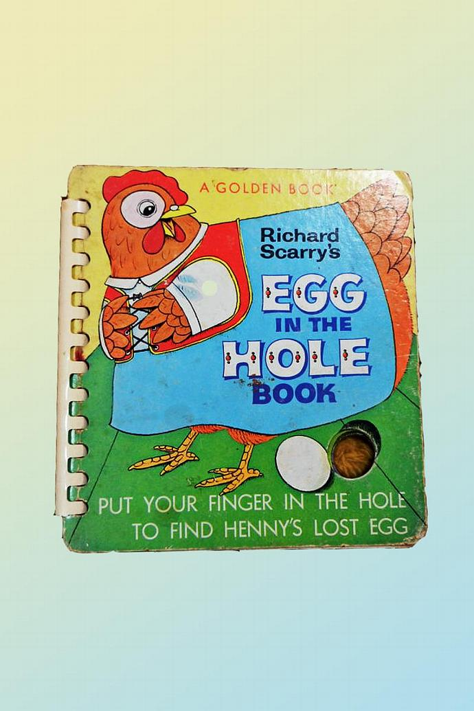 """Richard Scarry's """" Egg in the Hole Book """""""