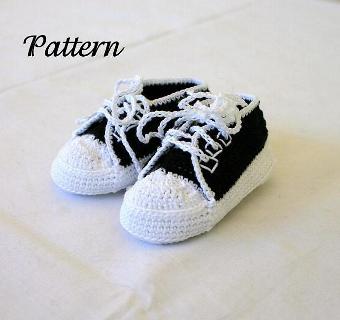 Baby sneakers PDF crochet pattern 0-3 month infant tennis shoes soft soled