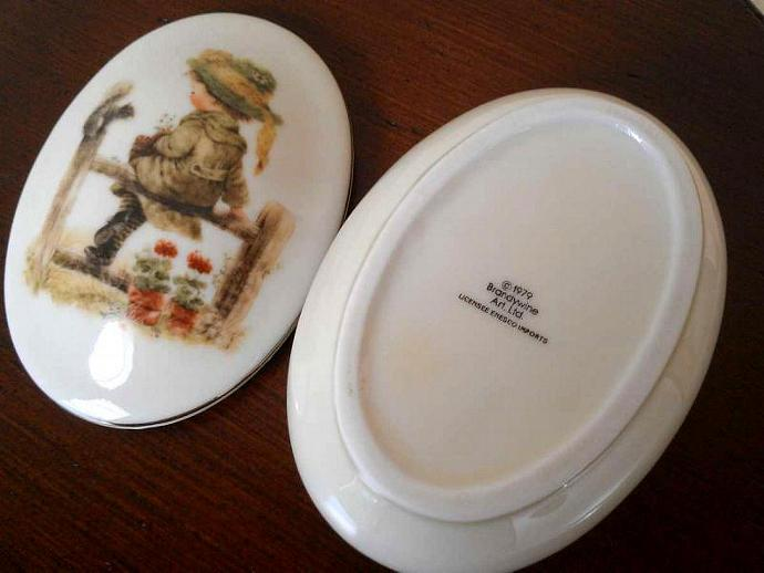 1979 Brandywine Art Oval Trinket Box for Enesco