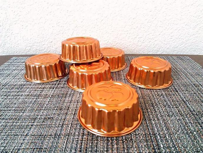 Vintage Kitchen Aluminum Mini Jello Tart Molds