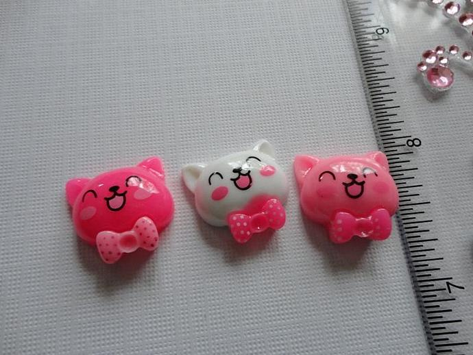 Kitty Resin Flatback Charm Set