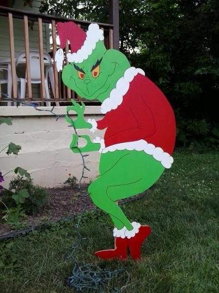Grinch Christmas Creeping Grinch By Mikesyarddisplays On