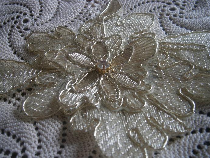 gold leaf appliques (2)